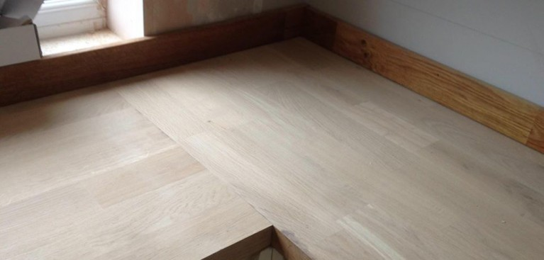 solid oak worktop fitter