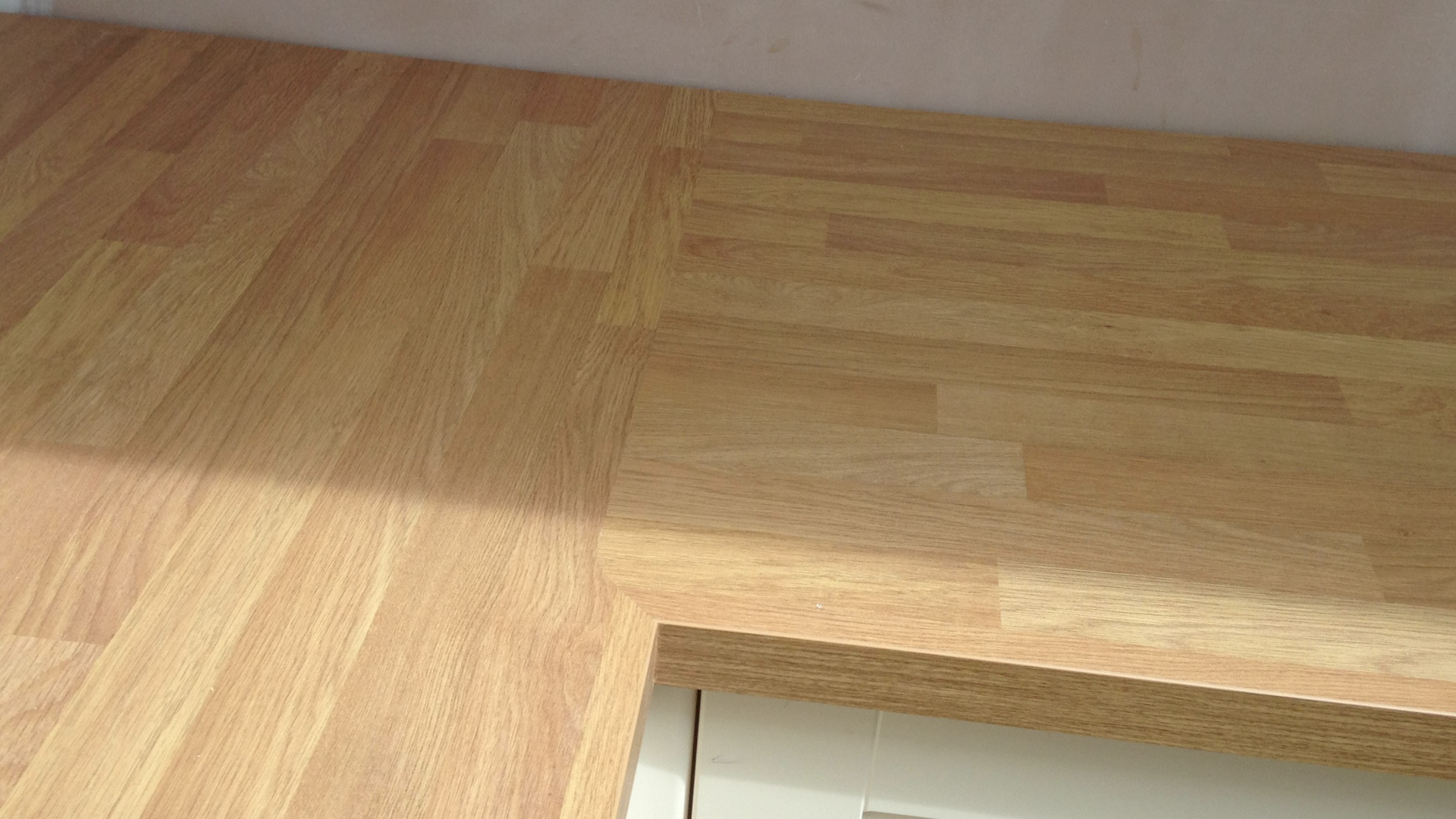 Midland Worktop Fitters Mitre Joint