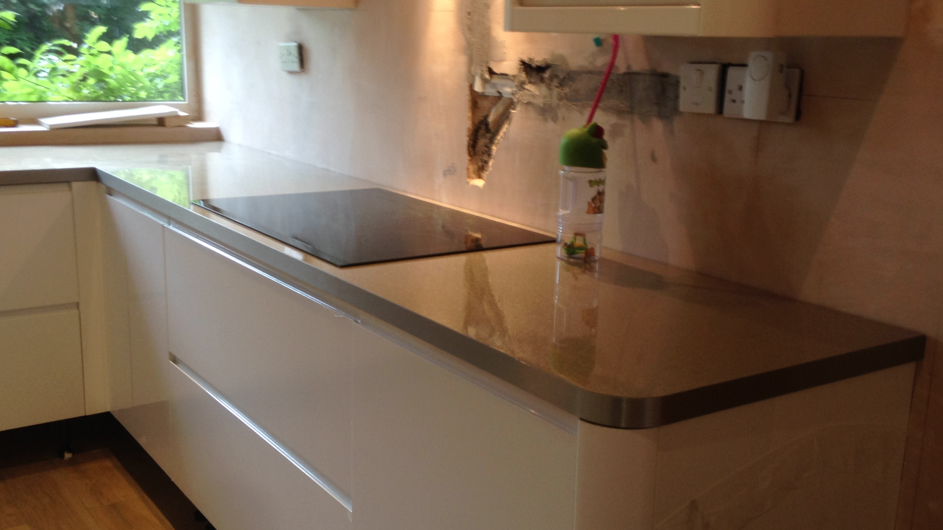 How To Fit A Kitchen Worktop Youtube